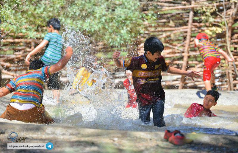 آب بازی بهترین شیوه برای پرورش خلاقیت کودکان