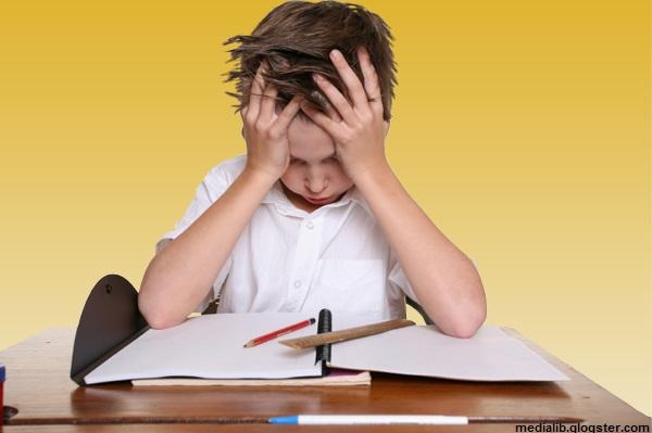 چرا بچهها از کتابهای درسی گریزاناند؟