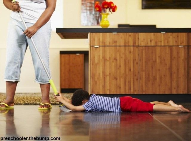 با لجبازی کودکان چه کنیم