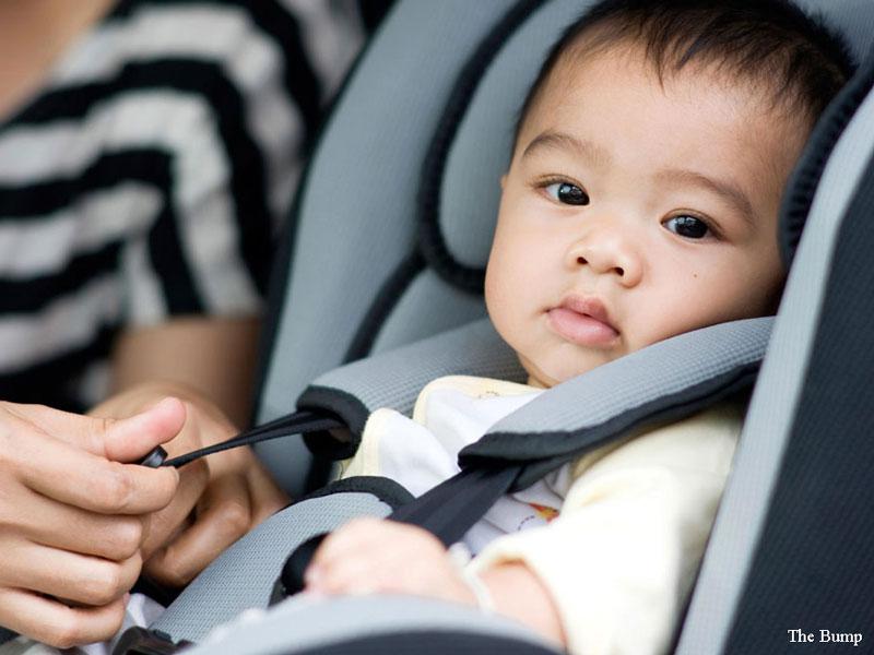 چگونه همراه نوزاد با خودروی شخصی سفر کنیم