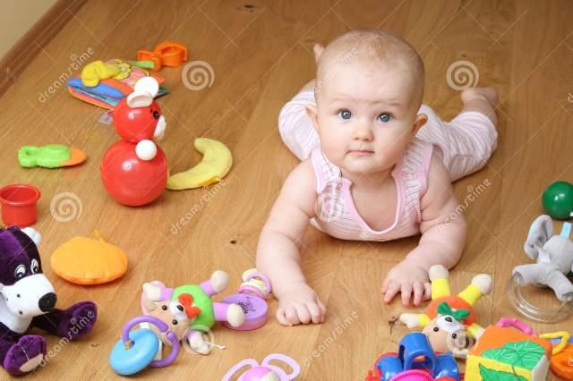 چطور با کودک بازی کنیم؟