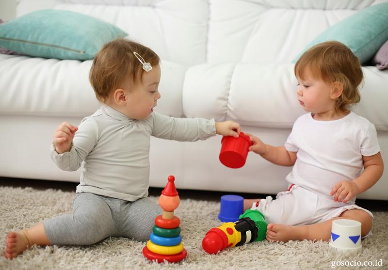 کودکان یک ساله تا دو ساله را دریابید