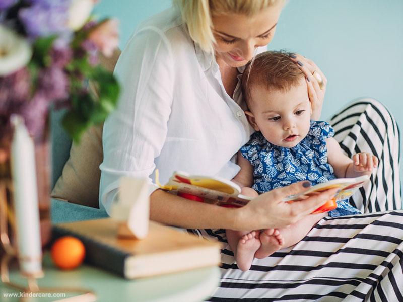 کودک، کتاب و زبانآموزی؛ نگاهی به نقش کتابخوانی در رشد زبانی کودک با بازخوانی آراء «نوام چامسکی»