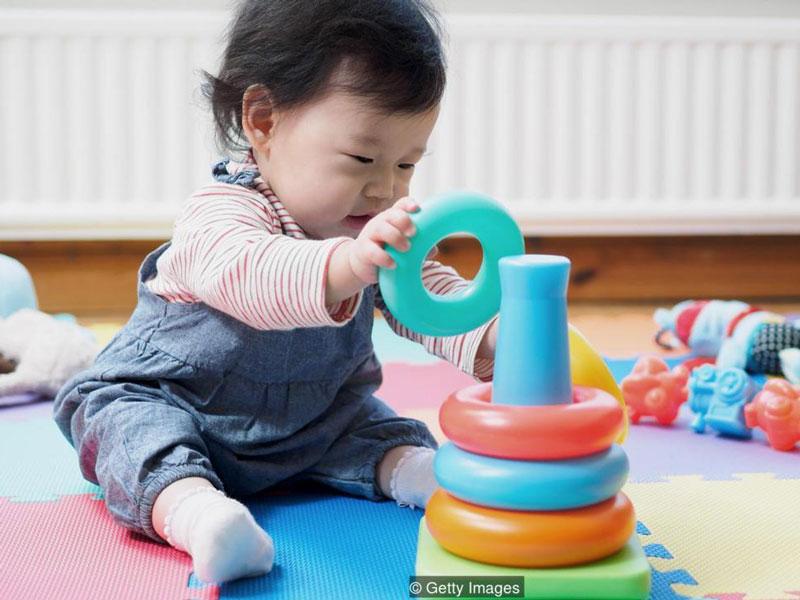 ۱۰ بازی برای اولین سال زندگی کودک