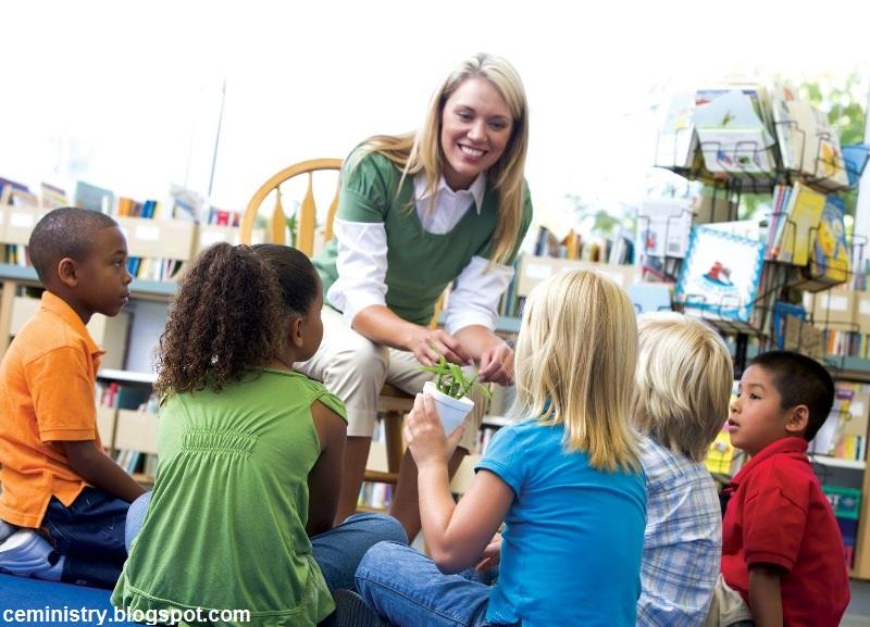 نظام آموزشی و رشد خلاقیت در دانشآموزان
