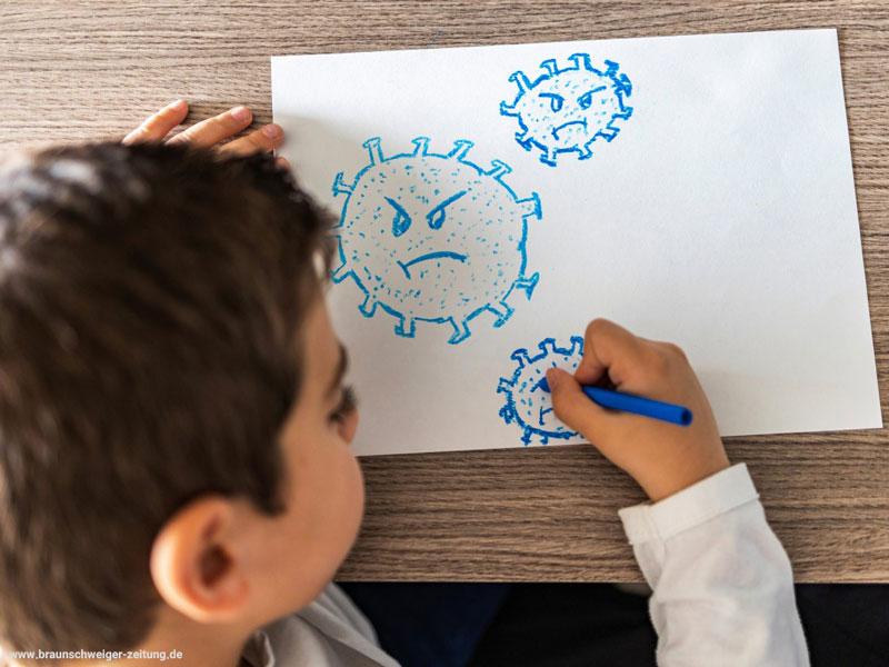 در دورهی کرونا، چگونه با کودکانمان رفتار کنیم؟