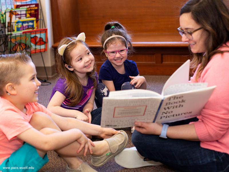 چگونه برای کودک کمشنوا قصه بگوییم؟