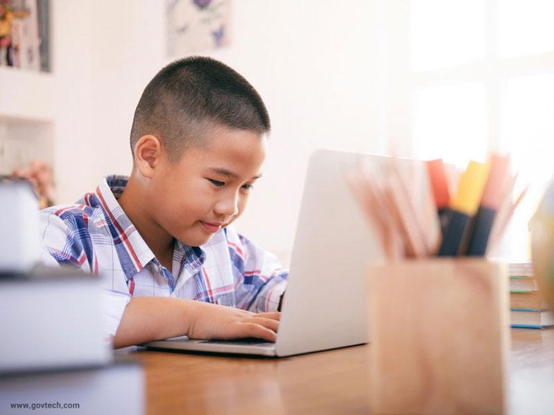 اهمیت داشتن سواد دیجیتال در کودکان