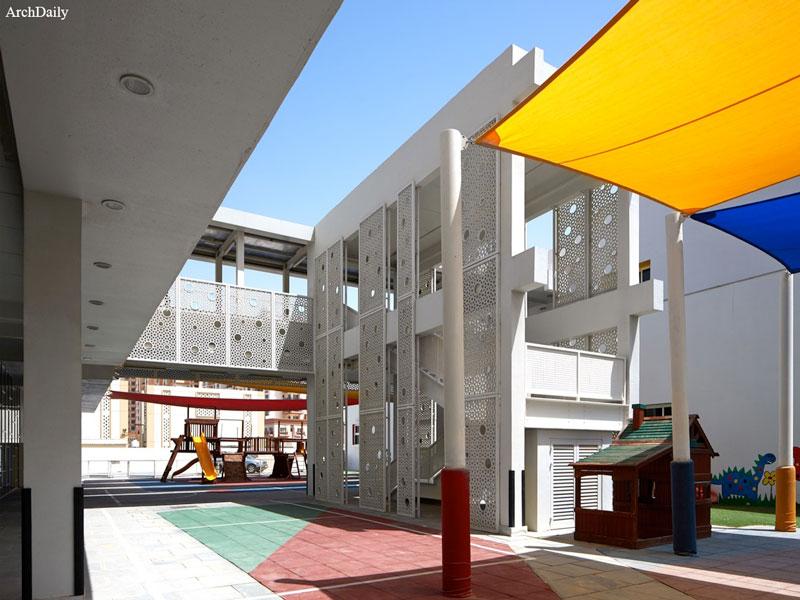 معماری و طراحی مدرسه ابتدایی توسط R+D Studio