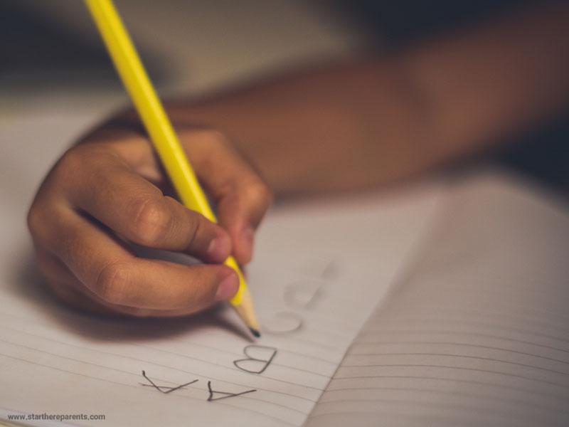 نوشتارپریشی (دیسگرافی) در کودکان، نشانهها و درمان آن