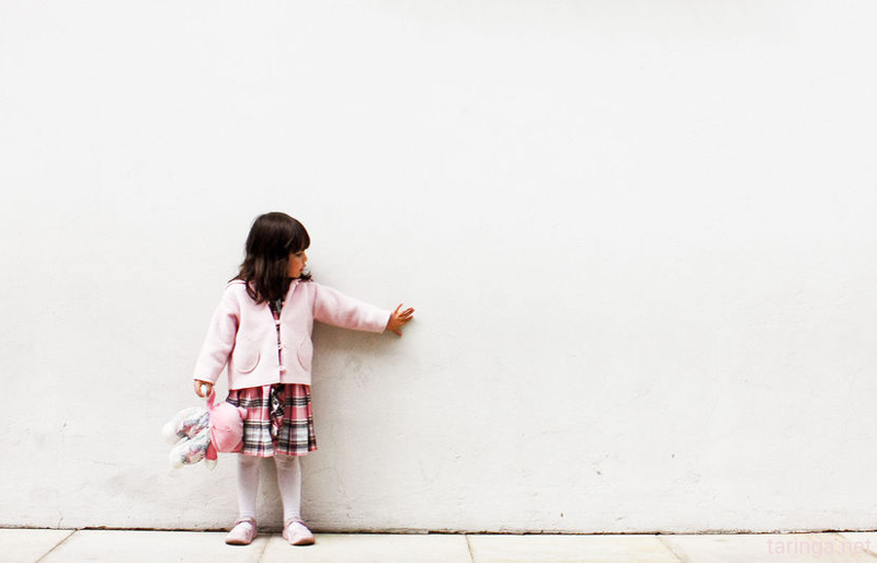 اگر کودکم همنشین خیالی داشت باید چه کنم؟