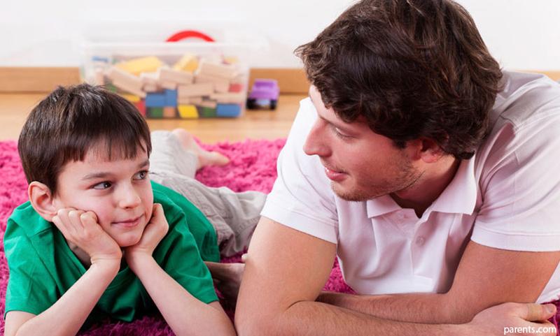 والدین چگونه تربیت جنسی فرزند خود را آغاز کنند؟
