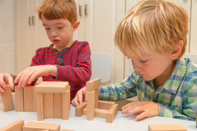 اثرات سازندهٔ بازی با مکعبها بر روی کودکان