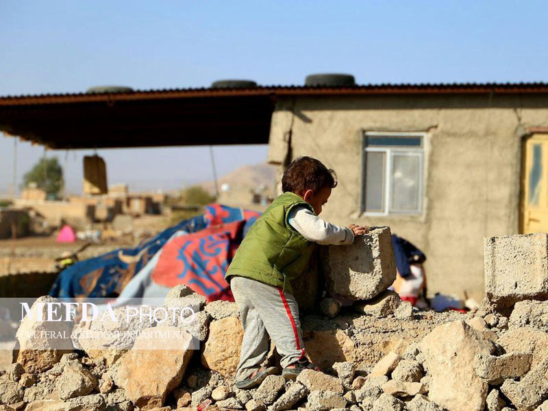 راه های مراقبت از کودکان زلزله دیده