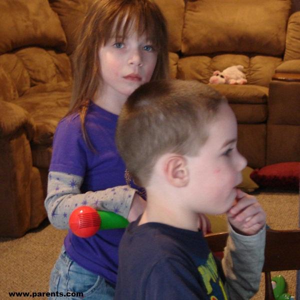 تشخیص و درمان اوتیسم در کودکان