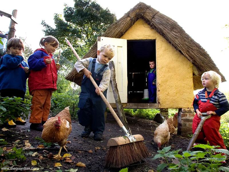 اسکاتلندیها به بازگشایی مدرسهها در فضای باز میاندیشند