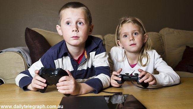 تاثیر منفی بازیهای کامپیوتری بر کودکان؛ از بیاحساسی تا کوچکی مغز