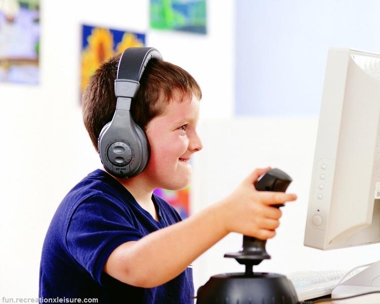 در دنیای مجازی فرزندانمان چه میگذرد؟