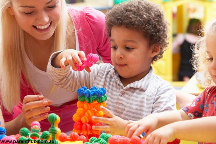 کاربرد و اصول بازی درمانی