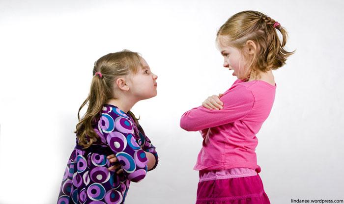به کودکان خود دعوا کردن را بیاموزید!