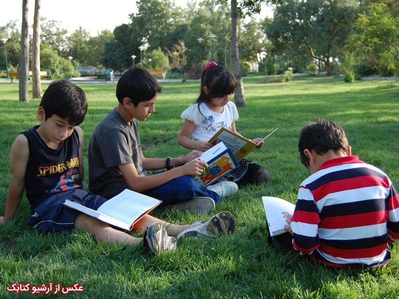 رشد اخلاقی کودک و ادبیات داستانی -به همراه بررسی آثار داستان جمشید خانیان از منظر رشد اخلاق