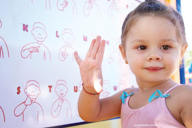 تنبلی گوش کودکان بخش نخست
