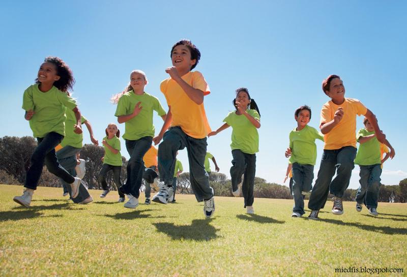 کودکان نباید از ورزش آسیب ببینند