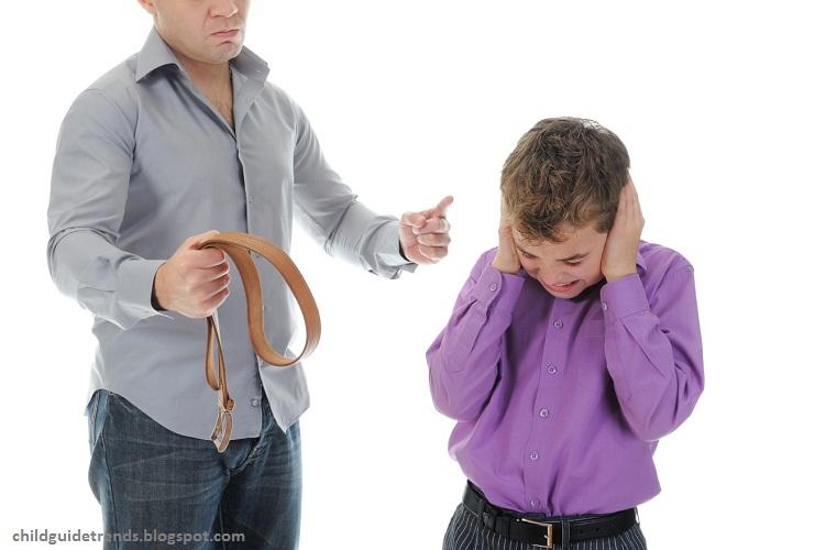چرا والدین فرزندان خود را کتک می زنند؟