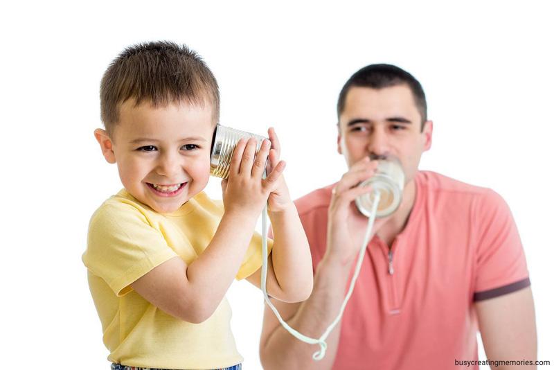 چگونه کودکان را تشویق به حرف زدن کنیم؟