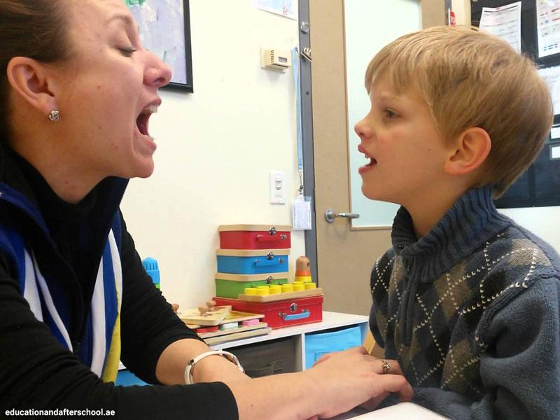 تشخیص آواها شرط اول آموختن زبان است