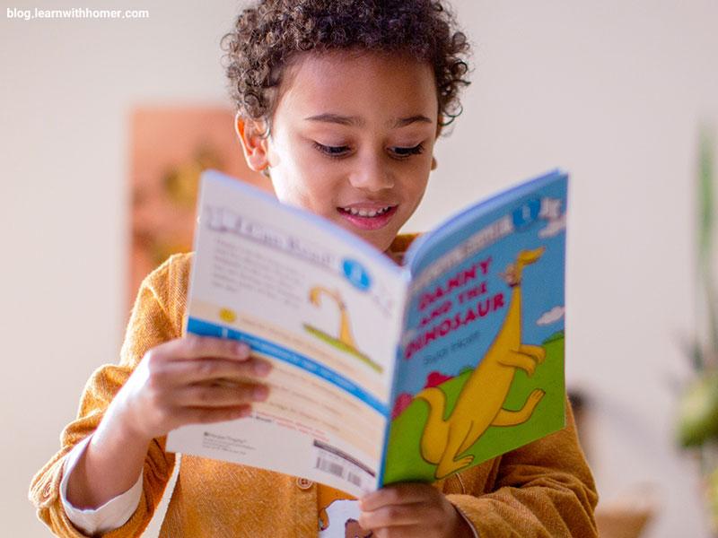 بررسی تأثیر کتابهای داستانی بر تقویت کارکردهای اجرایی مغز کودکان