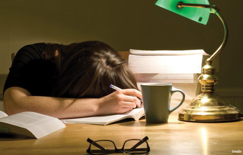نیمه شب درس نخوانید