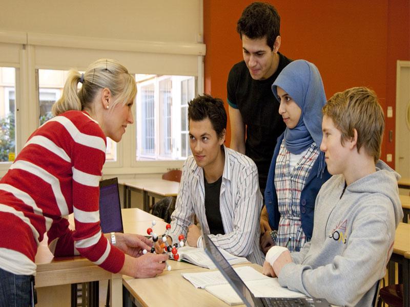 آشنایی با نظام آموزشی سوئد برای مهاجران ( ۷ تا ۱۵ سال)