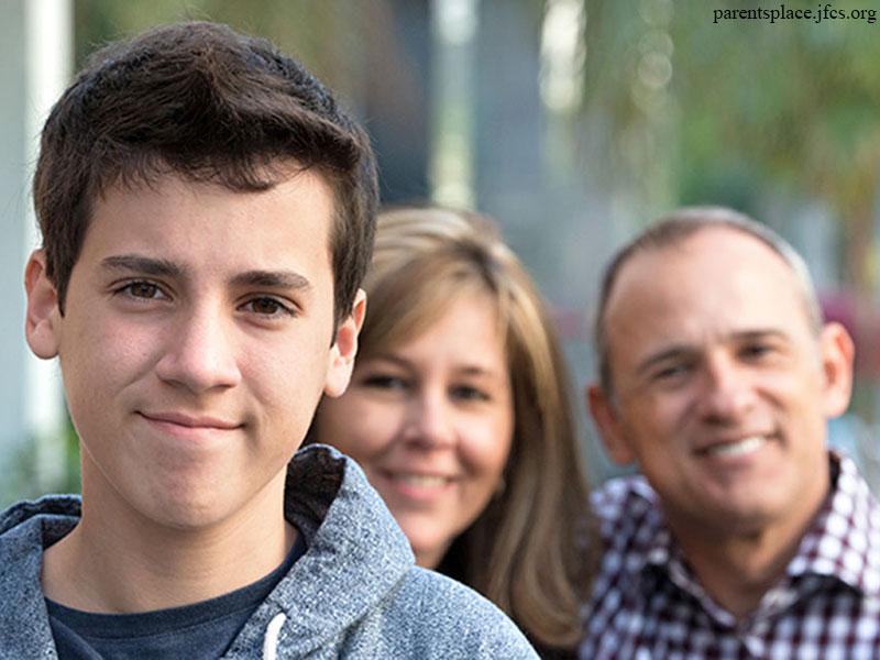 ۸ توصیه برای نزدیک شدن به فرزند نوجوان