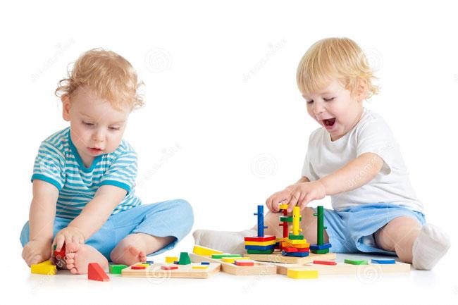 بهترین اسباب بازیها برای کودک شما